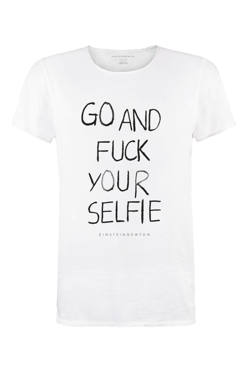 Selfie T-Shirt Bass